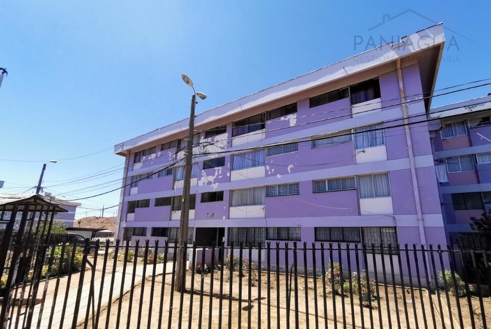 Se vende amplio departamento para inversion en Playa Ancha.