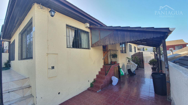 Casa en venta de comodos espacios en Cerro Placeres.