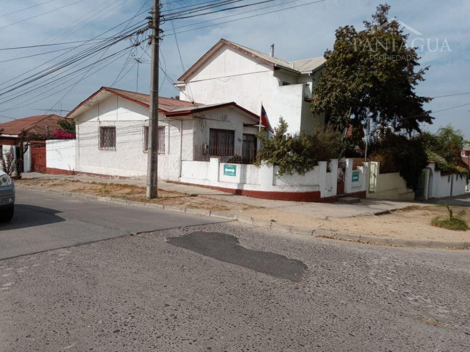 Casa esquina en venta, sector residencial Quilpue.