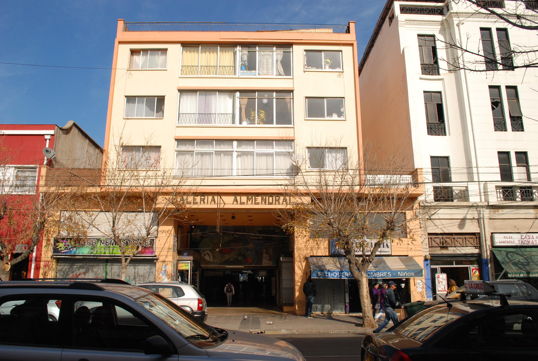 Departamento en venta calle Victoria Valparaiso.