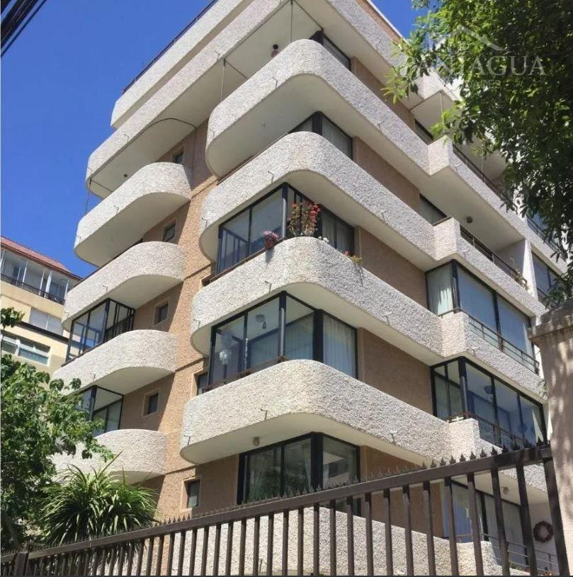 Departamento Duplex en venta a pasos de Avenida Libertad.