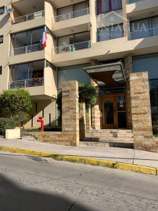 Se vende departamento excelente ubicacion cerro Placeres.