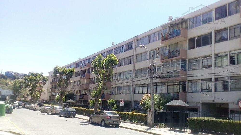 Se vende departamento en Condominio Manuel Ossa Saint Marie.