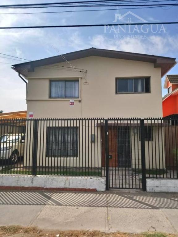 Casa en venta a metros del centro de Quilpue.