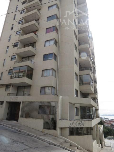 Se vende departamento a puerta cerrada en Cerro Baron.