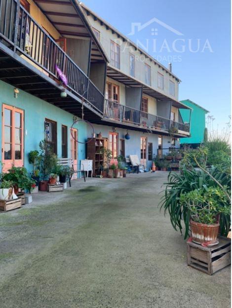 Casa departamento en venta con linda vista, Cerro Santo Domingo.