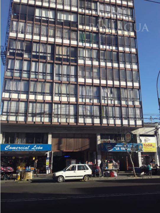Departamento antiguo en venta, avenida pedro Montt Valparaiso.